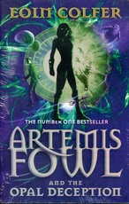 ARTEMIS FOWL AND THE OPAL DECEPTION (PB)