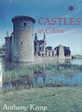Castles in colour (Usado)